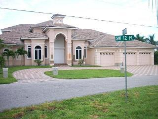 Example of gulf access home in unit 64 in Cape Coral, Florida